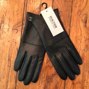 NWT - Kennth Cole Leather Gloves